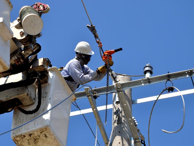 Trabajos de mantenimiento en redes de media tensión.